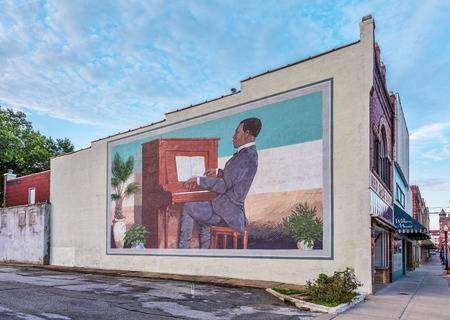 43800003 sedalia mo usa august 3 2015 scott joplin plays maple leaf rag on piano a large building wall mural  - Missouri Musical Heritage Trail Proposed