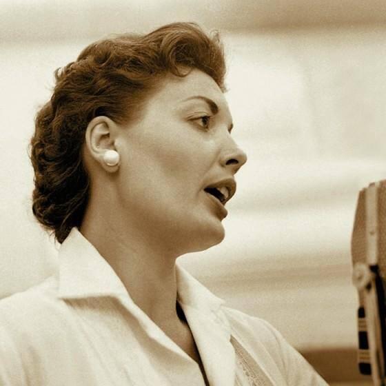 Audrey Morris, 89