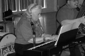 Mimi Osmun, Central NY's diva of Dixieland, dies at 91