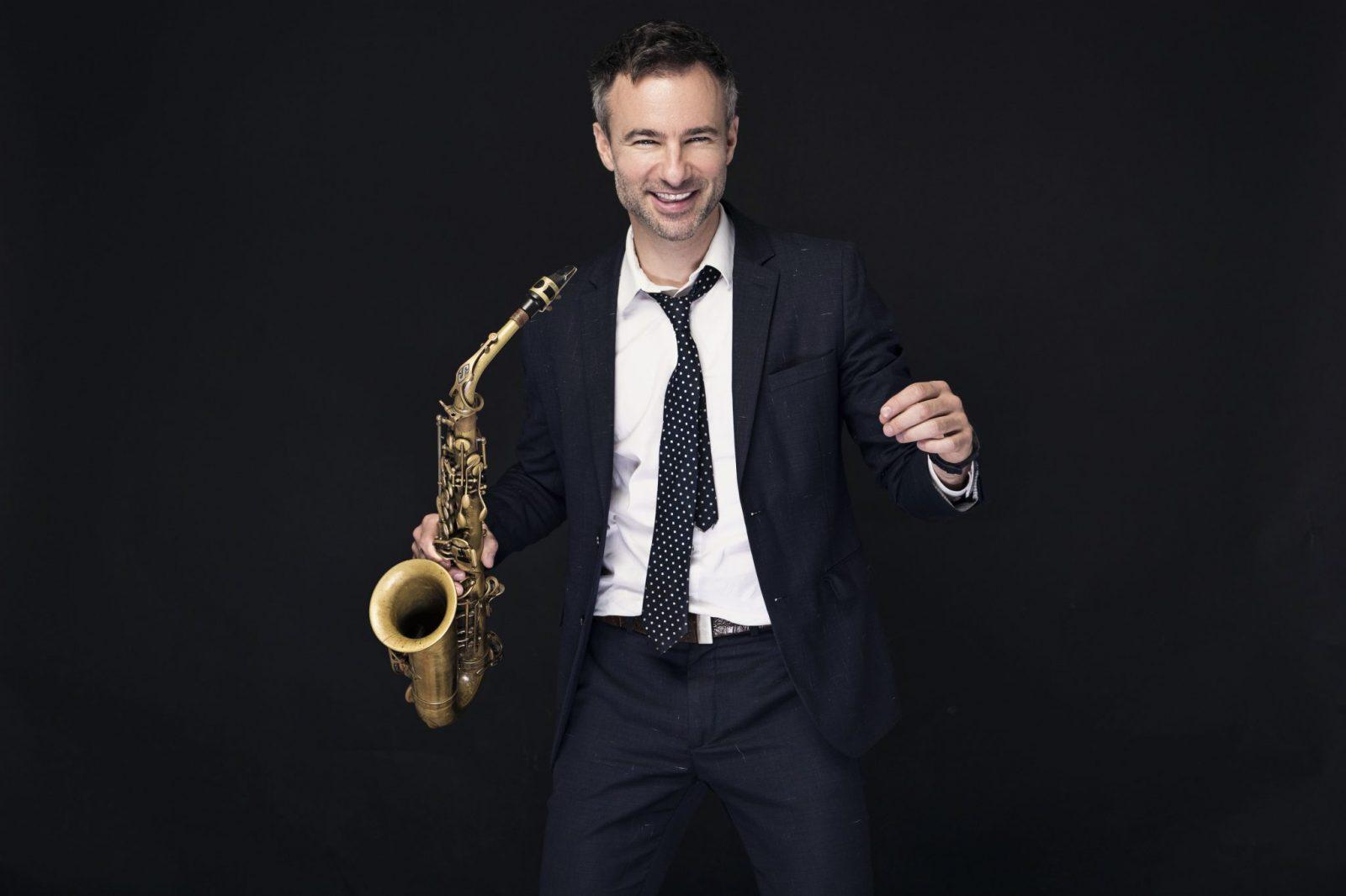 Adrian Cunningham: The Professor Swings