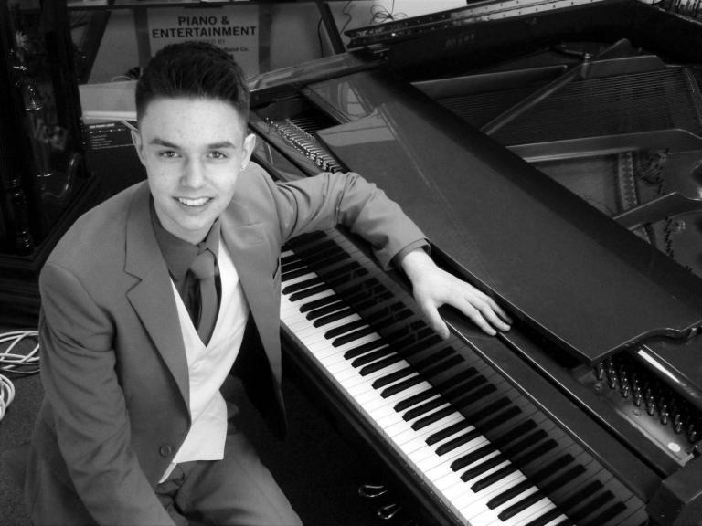 An Interview With Pianist Daniel Souvigny