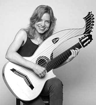 Muriel Anderson - Muriel Anderson Playing Harp Guitar