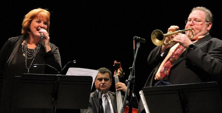 Lisa Kelly & J.B. Scott Swing Like Two 'Sweethearts on Parade'
