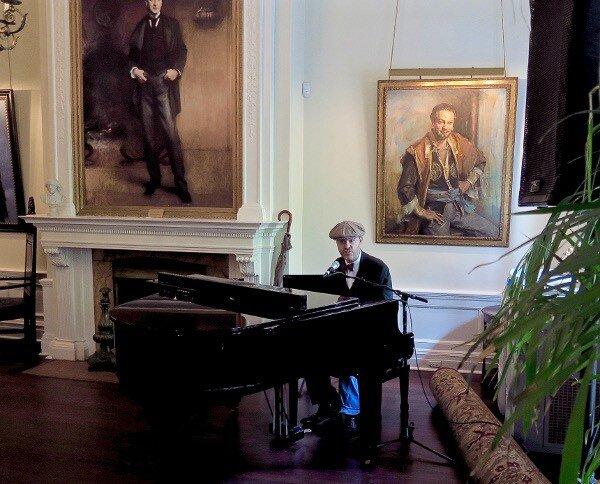 Pianist Jesse Gelber in the Kinstler Room