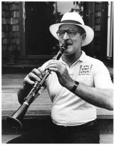 Sheelar clarinet portrait 238x300 - Earl Scheelar to be Honored at Cline Wine and Jazz Festival