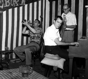 Scheelar with Runkle and Erickson at Monkey Inn 1962. Note the clarinet to Earl's right. Photo by William Carter, 1962.