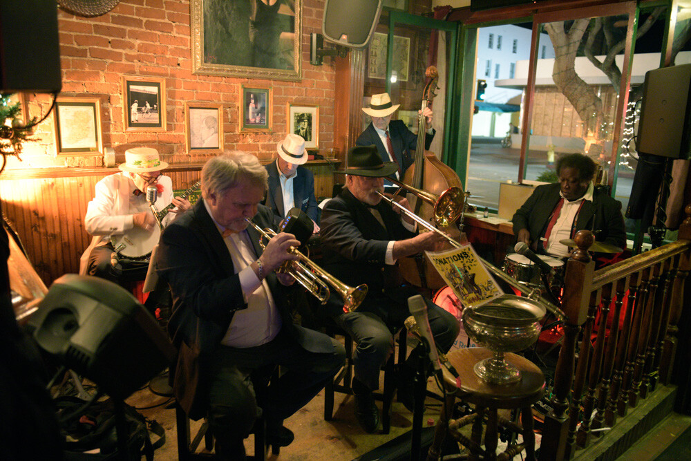 Ulysses Jazz plays at James Joyce
