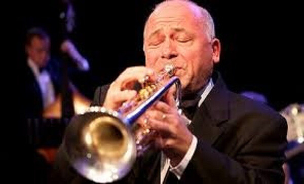 Enrico Tomasso plays Satchmo at Benny Goodman concert