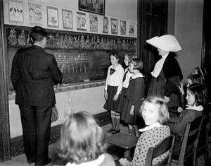 Music_Class_at_St_Elizabeths_Orphanage_New_Orleans_1940