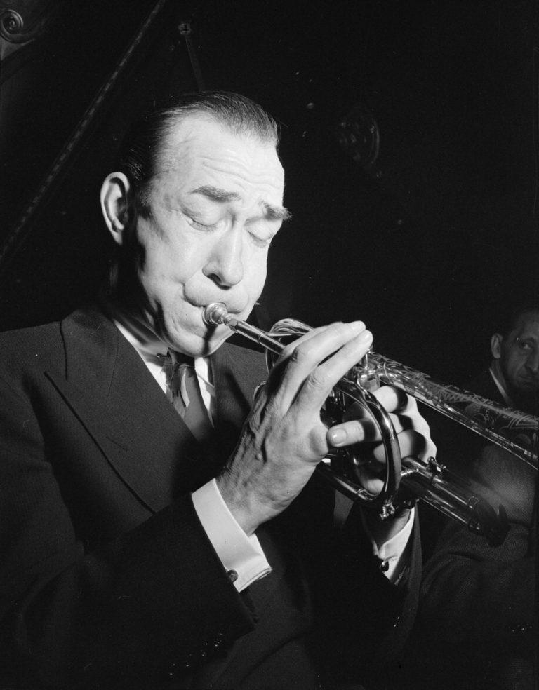 Muggsy_Spanier_Nick's_New_York_1946