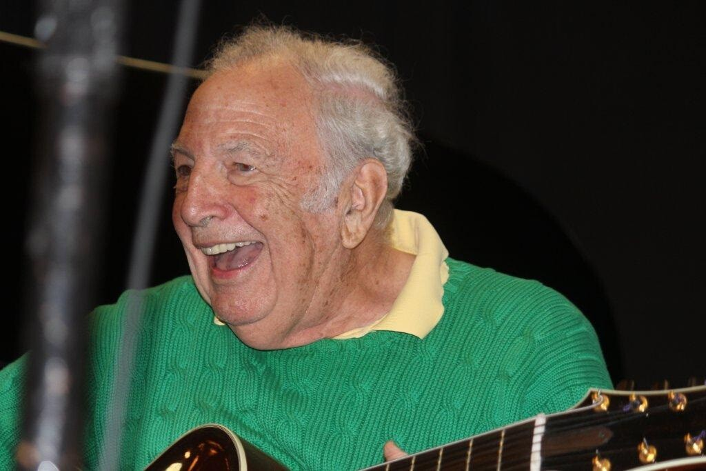 Bucky Pizzarelli Laughing
