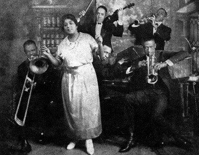 Mamie smith jazz hounds