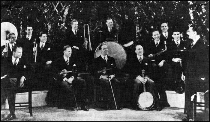 Irving Aaronson's Commanders