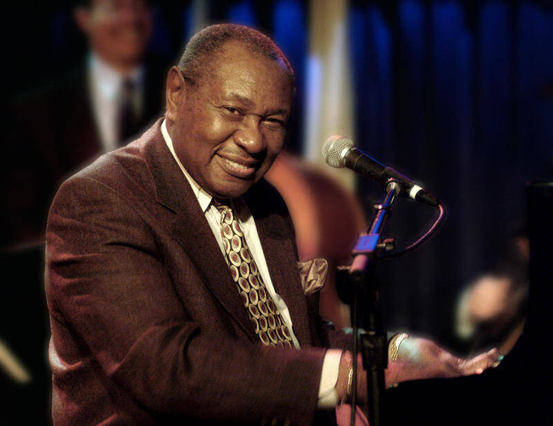 Freddy Cole Blue Note, NYC ,December 2003 (Photo Credit Clay Walker)