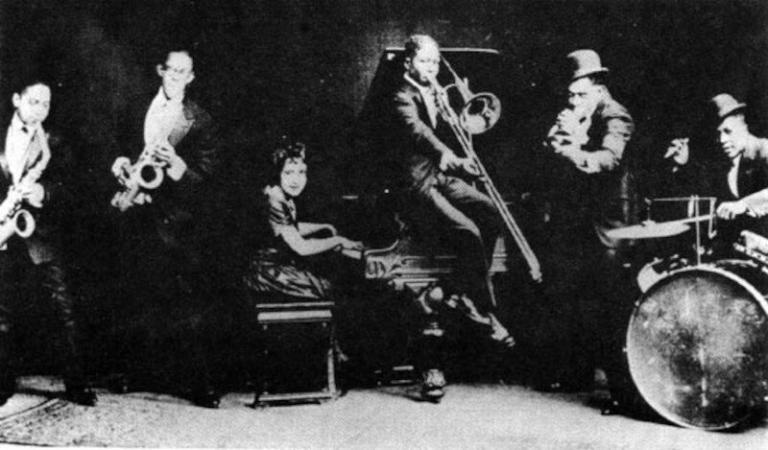 Charles Creath's Jazz-O-Maniacs