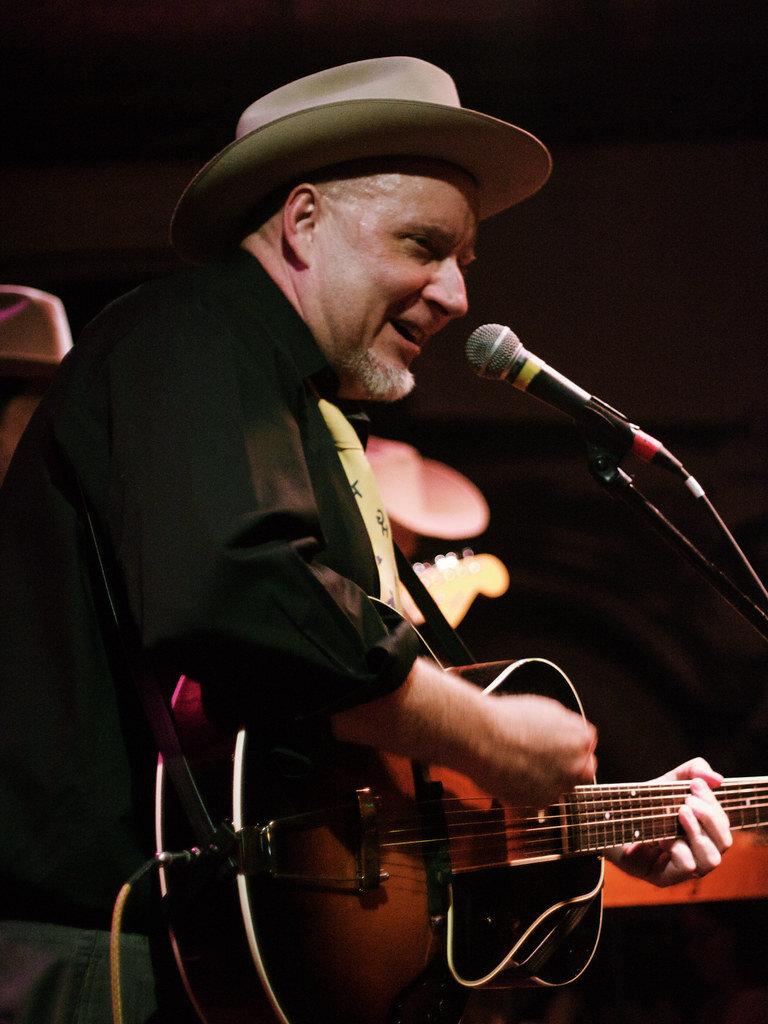 Dave Stuckey at the Tractor Tavern, Ballard, WA