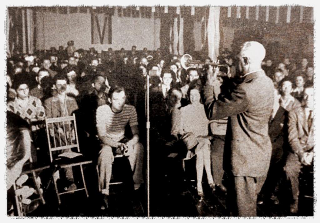 Bunk Johnson, CIO Hall 1943.