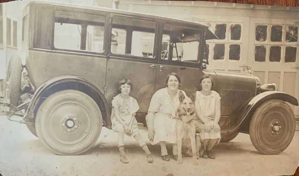 Justin Ring's family (late 1920's)