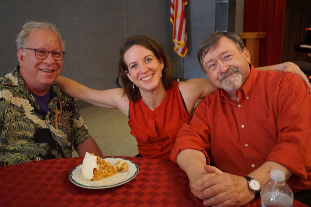 Jazz chronicler Michael Steinman with Erin Morris and Jim Dapogny—and some carrot cake. (photo by Laura Wyman)