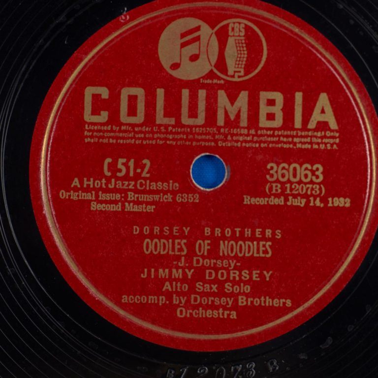 Jimmy Dorsey acc. by the Dorsey Brothers Orchestra