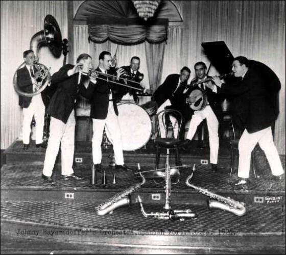 Johnny Bayersdorffer and his Jazzola Novelty Orchestra
