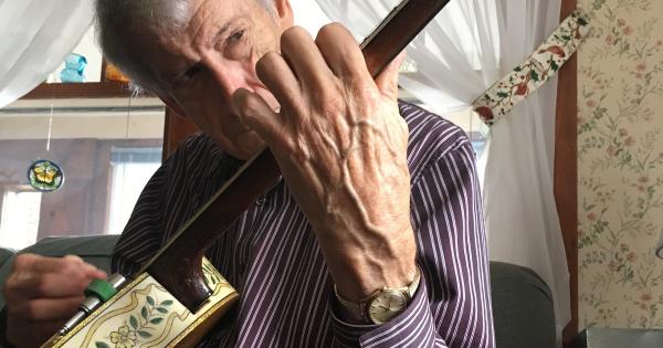 Jimmy Mazzy banjo big hand
